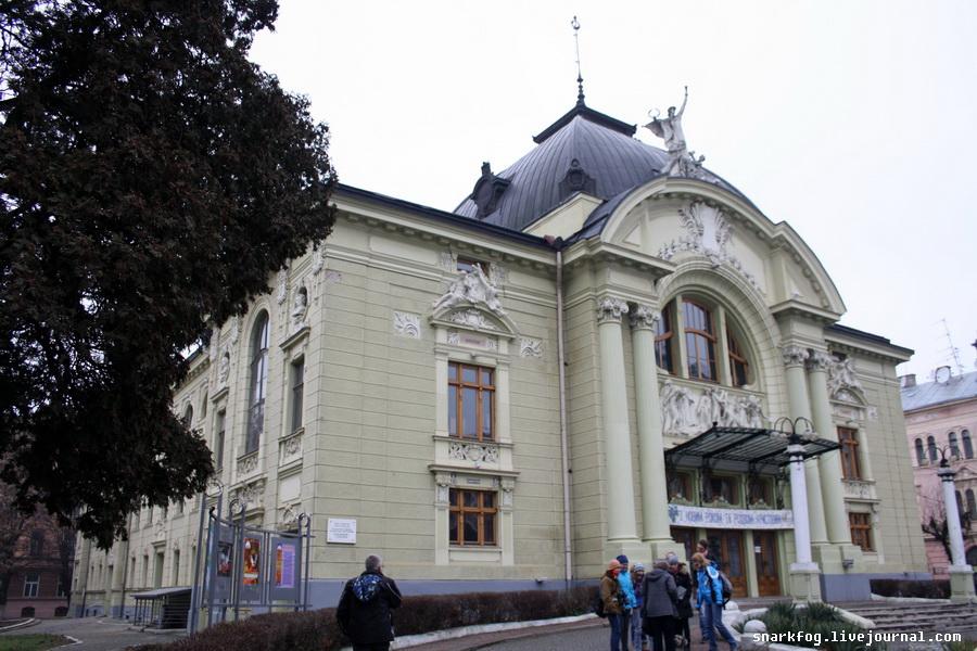 Оперный театр в Черновцах