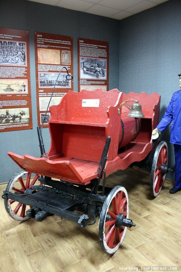 Пожарная машина XIX века в натуральную величину